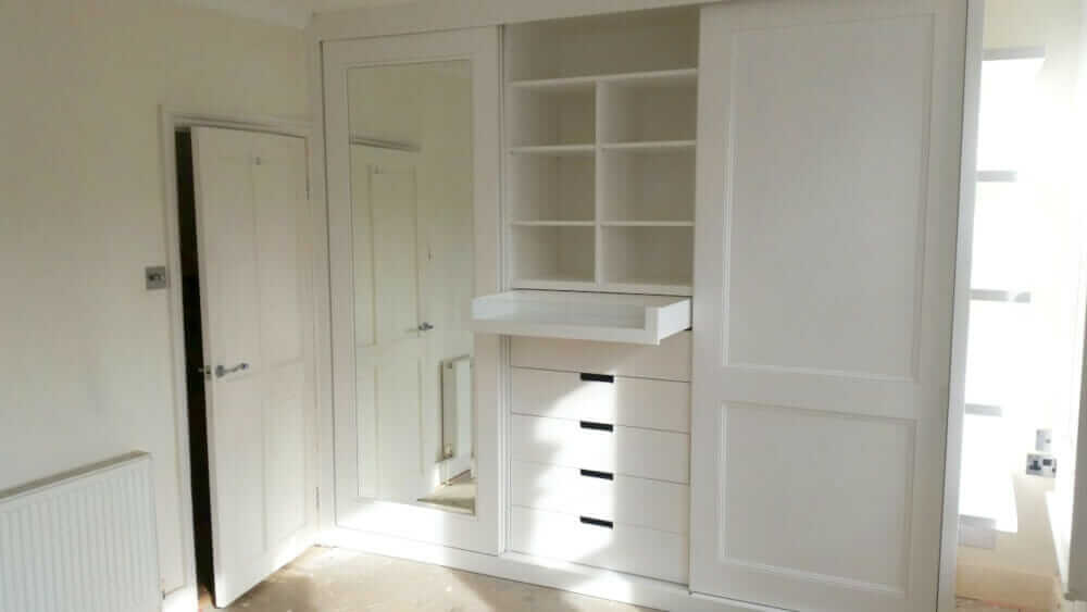 Fitted wardrobe sliding doors